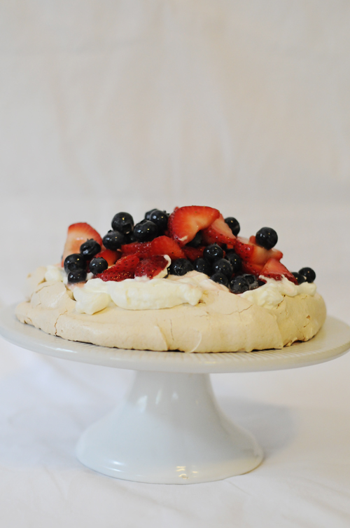 Red-white-blue-pavlova